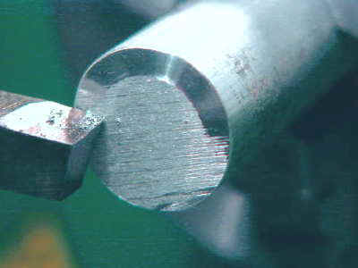metal lathe cutting. beginning the facing cut metal lathe cutting p